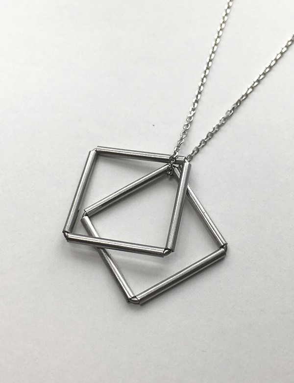 LIGHT LINE NECKLACE (AB_LL_N5)